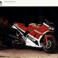 Honda的V4傳奇之一 VF1000R