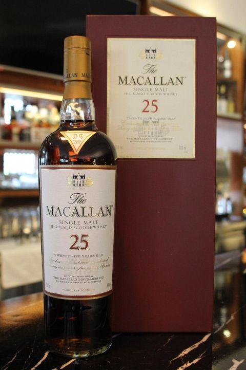 (現貨) Macallan 25 years 麥卡倫 25年 雪莉桶 草寫版 木盒 (700ml 43%)