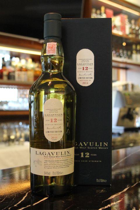 LAGAVULIN 12 years Bottled 2014 拉加維林 12年 原酒 2014裝瓶 (700ml 54.4%)