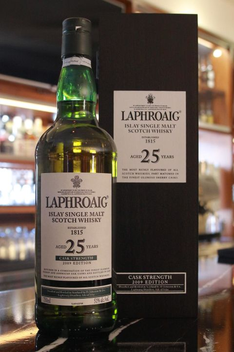 (現貨) LAPHROAIG 25 years cask strength 2009 Edition 拉佛格 25年原酒 2009版 (750ml 51%)