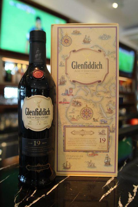 (現貨) Glenfiddich 19 years Age of Discovery 格蘭菲迪 19年 探險家 馬德拉桶 (700ml 40%)