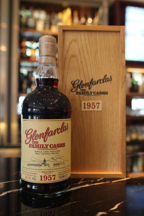 Glenfarclas 1957 The Family Casks 格蘭花格 1957 家族桶 (700ml 46.5%)