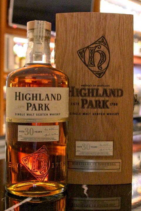 (現貨) Highland Park 30 years 高原騎士 30年 (700ml 45.7%)