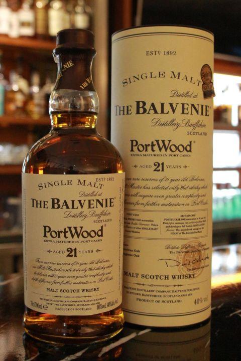 (現貨) The BALVENIE 21 years Port Wood 百富 21年 波特桶 草寫版 金牌獎 (700ml 40%)