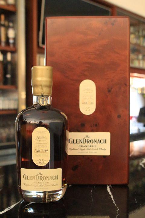 (現貨) GLENDRONACH Grandeur 25 years Batch 7 格蘭多納 25年 雪莉桶 酒廠限定 第七版 (700ml 50.6%)