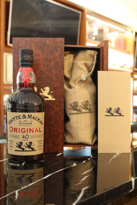 (現貨) Whyte & Mackay 40 years Original Blended Whisky 懷特馬凱 40年 經典珍藏 (750ml 45%)