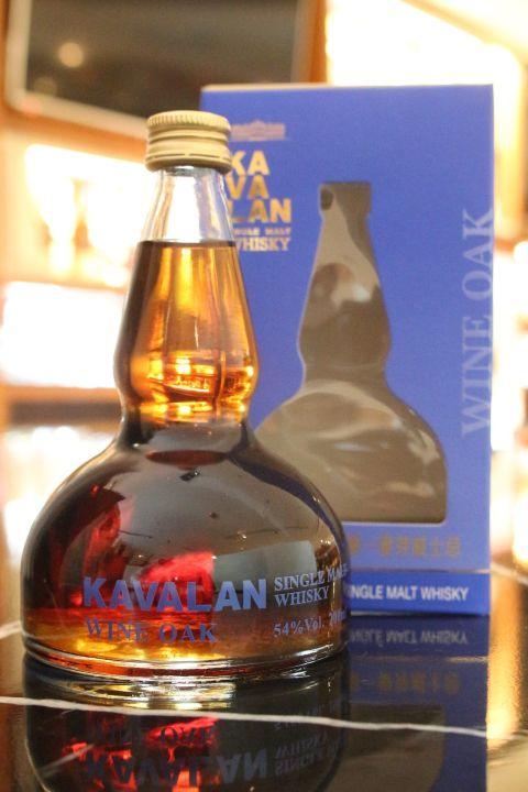 (現貨) KAVALAN VINHO 噶瑪蘭 葡萄酒桶 蒸餾器中樣 (200ml 54%)