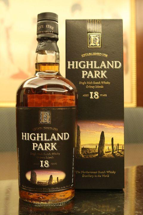 Highland Park 18 years old version 高原騎士 18年 舊版小頭瓶 (750ml 43%)
