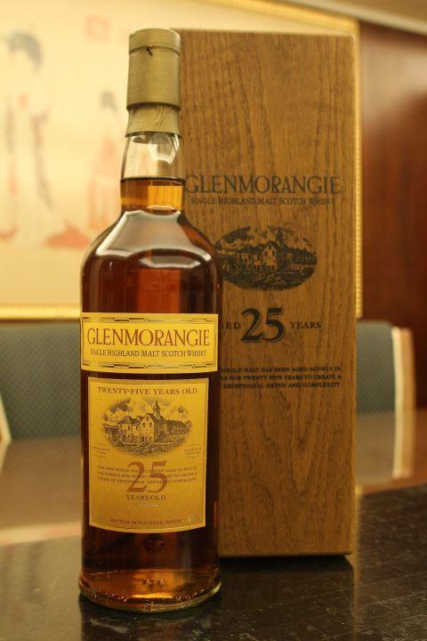 (現貨) GLENMORANGIE 25 years 格蘭傑 25年 舊版 木盒 (750ml 43%)
