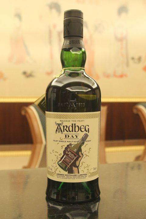 (現貨) Ardbeg Day - Feis Ile 2012  艾雷嘉年華限定 會員版 (700ml 56.7%)