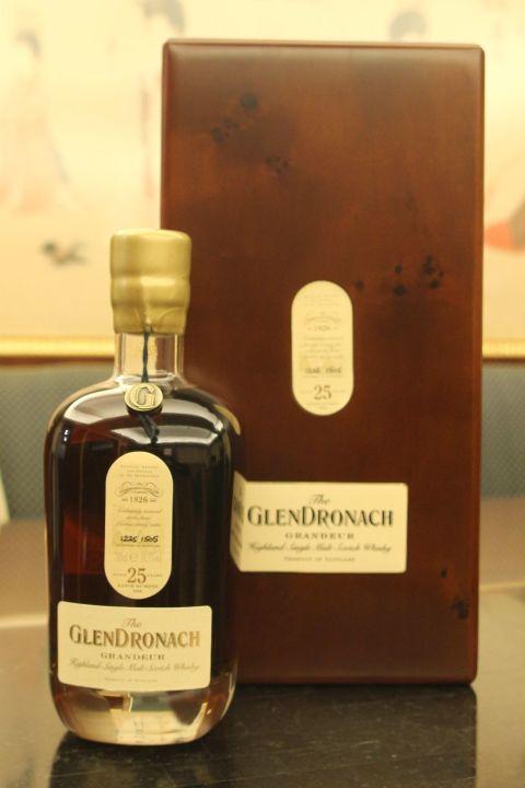 GLENDRONACH Grandeur 25 years Batch 8 格蘭多納 25年 雪莉桶 酒廠限定 第八版 (700ml 50.3%)