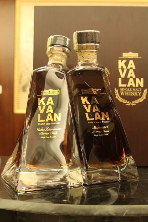 (現貨) KAVALAN P&M 噶瑪蘭 尊釀威士忌原酒 P&M雪莉桶對酒組 (500ml 57.8% 55.6%)