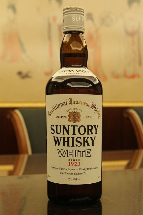 (現貨) Suntory Whisky White 三得利 白札 調和威士忌 (640ml 40%)