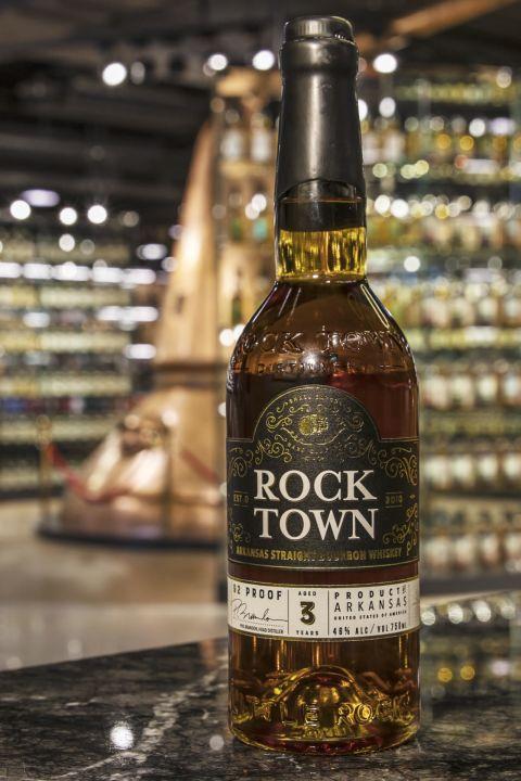 (現貨) Rock Town 3 years Straight Bourbon 羅克鎮 3年 美國純波本威士忌 (750ml 46%)