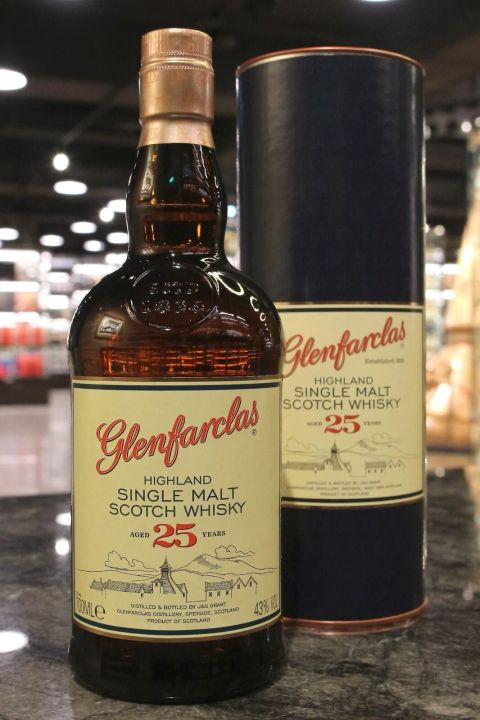 (現貨) Glenfarclas 25 Years Single Malt Whisky 格蘭花格 25年 單一純麥威士忌 (700ml 43%)