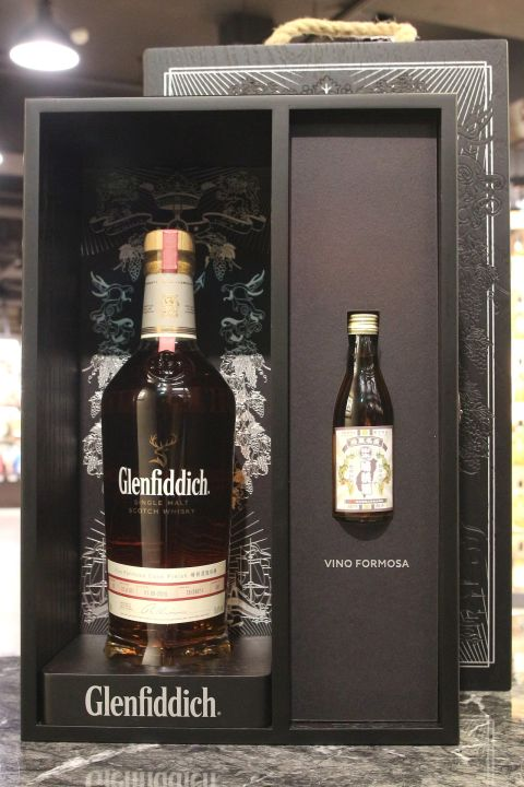 (現貨) Glenfiddich 26 Years Vino Formosa Cask Finish 格蘭菲迪 埔桃酒風味桶 (700ml 43%)