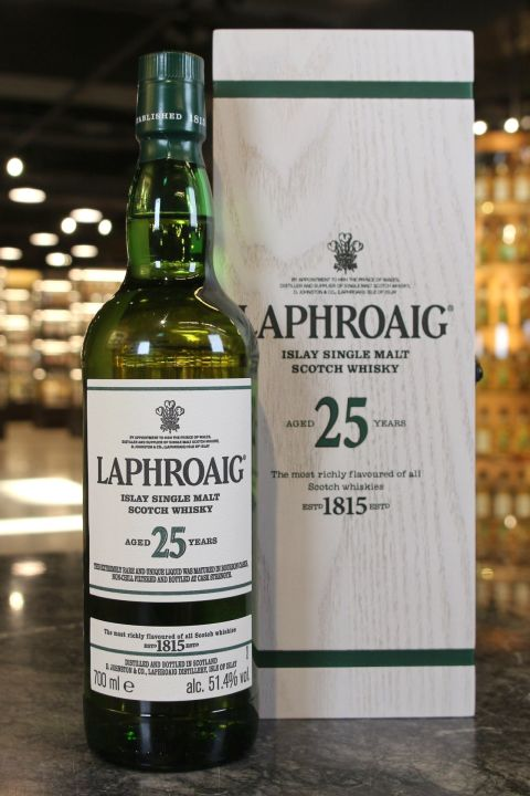LAPHROAIG 25 Years Cask Strength 2019 Edition 拉佛格 25年原酒 2019版 (700ml 51.4%)