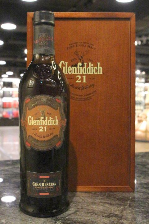 Glenfiddich 21yr Gran Reserva Cuban Rum Finish 格蘭菲迪 舊版 21年 古巴蘭姆酒桶 (40% 30ml)