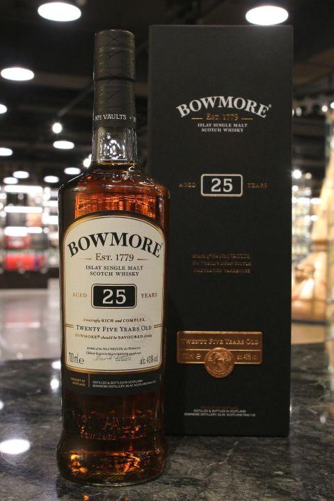 Bowmore 25yr Home of the No.1 Vaults 波摩 25年 窖藏系列 第一版 (43% 30ml)