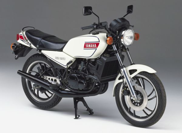 250cc的競爭年代~RZ250 vs VT250F